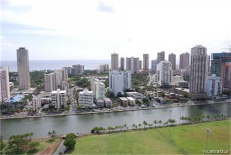 Marco Polo Apts condo # 3214, Honolulu, Hawaii - photo 4 of 7