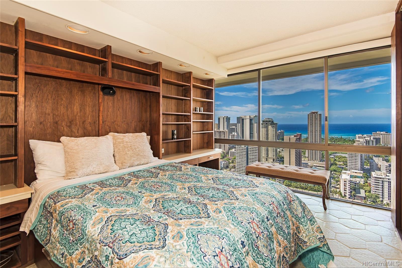 Marco Polo Apts condo # 3408, Honolulu, Hawaii - photo 9 of 20