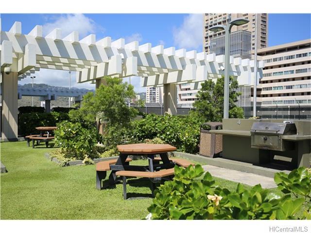 Marco Polo Apts condo # 405, Honolulu, Hawaii - photo 8 of 14