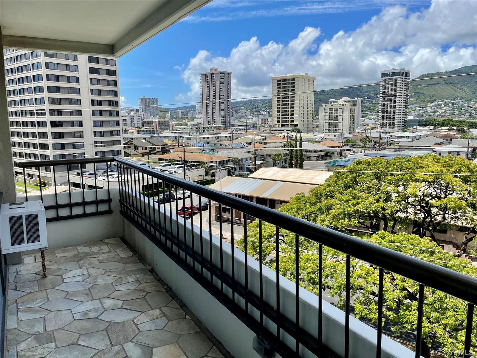 Marco Polo Apts condo # 501, Honolulu, Hawaii - photo 18 of 21