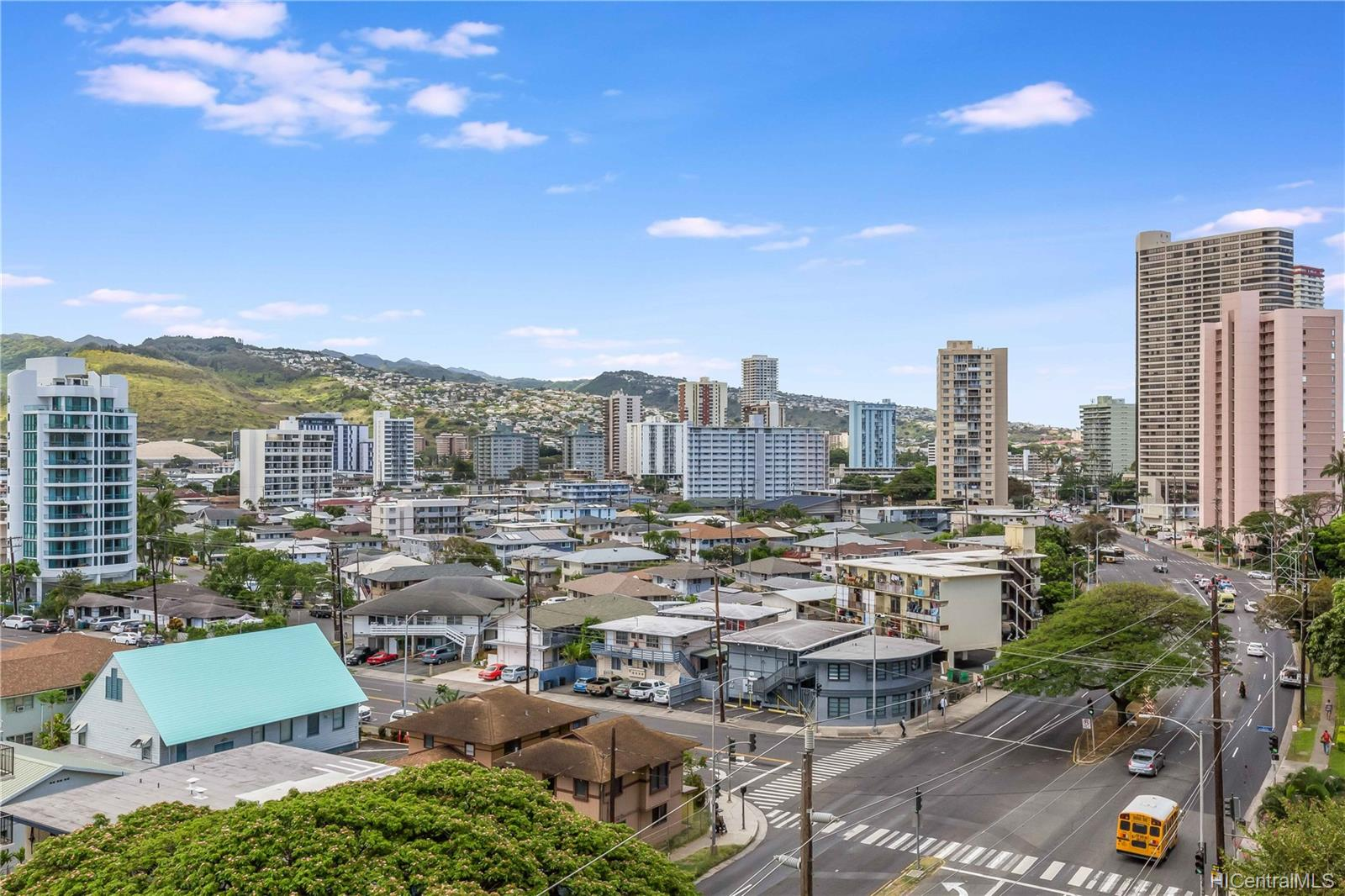 Marco Polo Apts condo # 801, Honolulu, Hawaii - photo 16 of 25