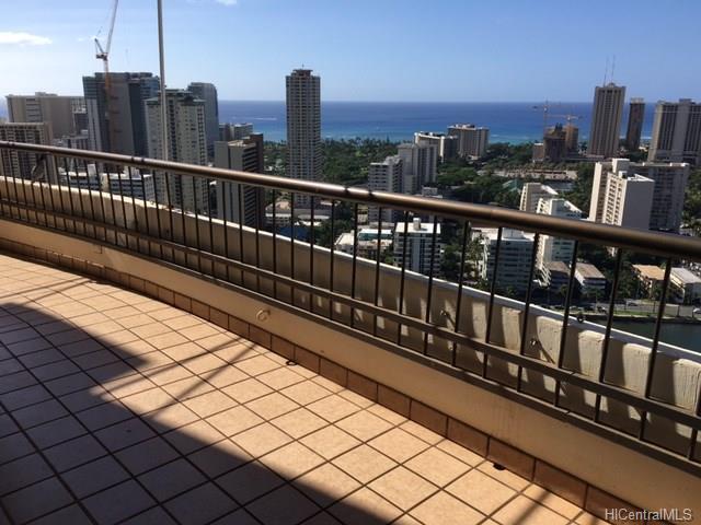 Marco Polo Apts condo # PH3511, Honolulu, Hawaii - photo 6 of 25