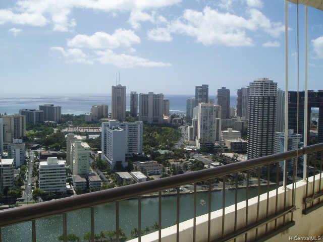 Marco Polo Apts condo # PH3516, Honolulu, Hawaii - photo 4 of 6