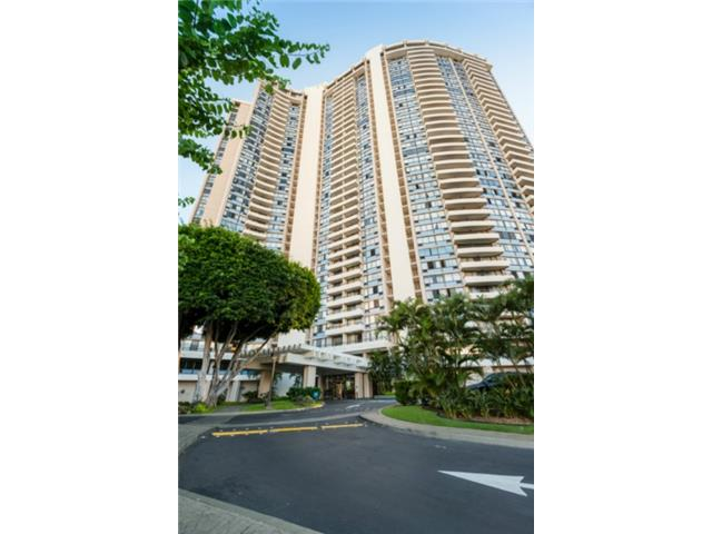 Marco Polo Apts condo #1707, Honolulu, Hawaii - photo 1 of 25