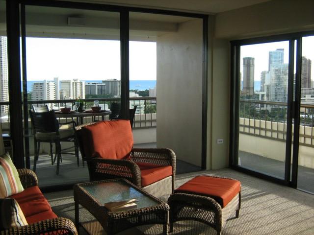 Marco Polo Apts condo # 2017, Honolulu, Hawaii - photo 3 of 6