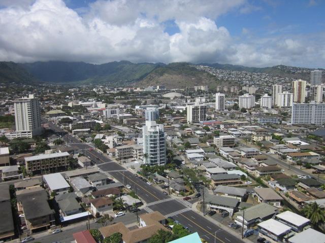 Marco Polo Apts condo # 2502, Honolulu, Hawaii - photo 9 of 13