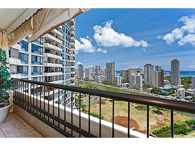 Marco Polo Apts condo # 2616, Honolulu, Hawaii - photo 8 of 14