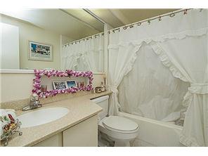 Marco Polo Apts condo # 3009, Honolulu, Hawaii - photo 10 of 12