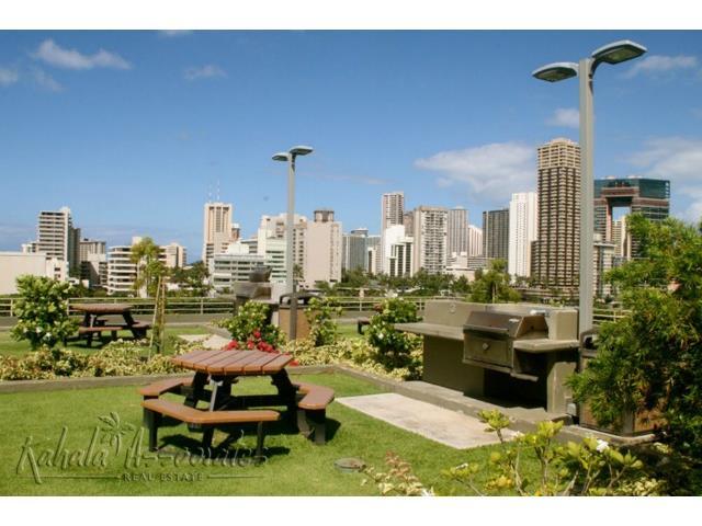Marco Polo Apts condo # 706, Honolulu, Hawaii - photo 12 of 20