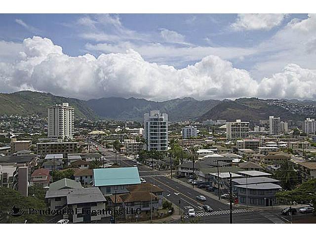 Marco Polo Apts condo # 906, Honolulu, Hawaii - photo 8 of 12