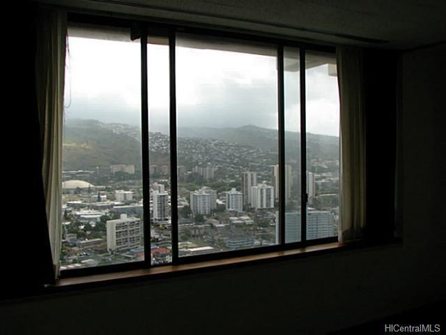 Marco Polo Apts condo # PH 3501, Honolulu, Hawaii - photo 9 of 11
