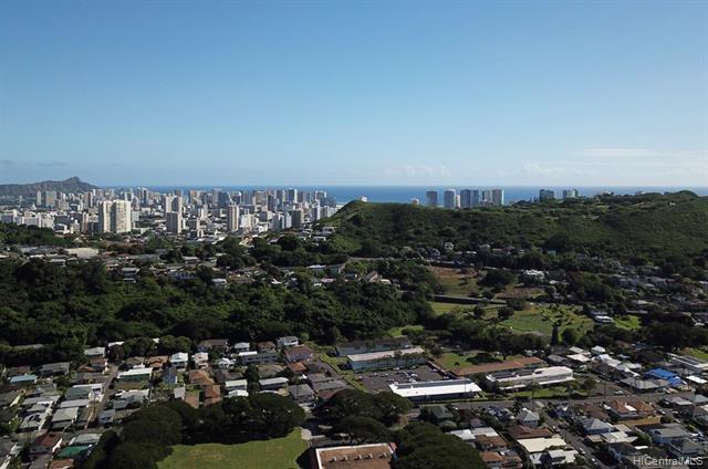 2341 Kaola Way Pauoa Valley, Honolulu home - photo 1 of 22