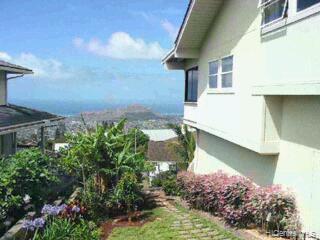 2344  Halekoa Dr Waialae Nui Rdge, Diamond Head home - photo 1 of 9