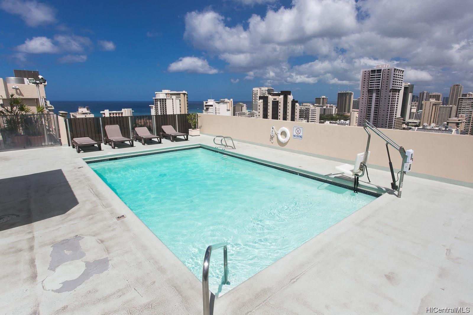 Fairway Villa condo # 1415, Honolulu, Hawaii - photo 10 of 11
