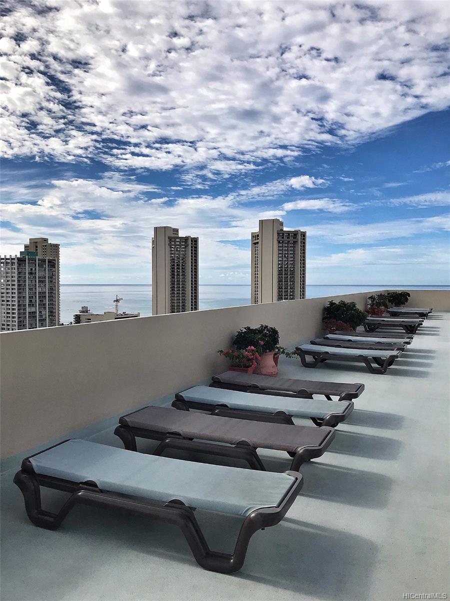 Fairway Villa condo # 2718, Honolulu, Hawaii - photo 14 of 23