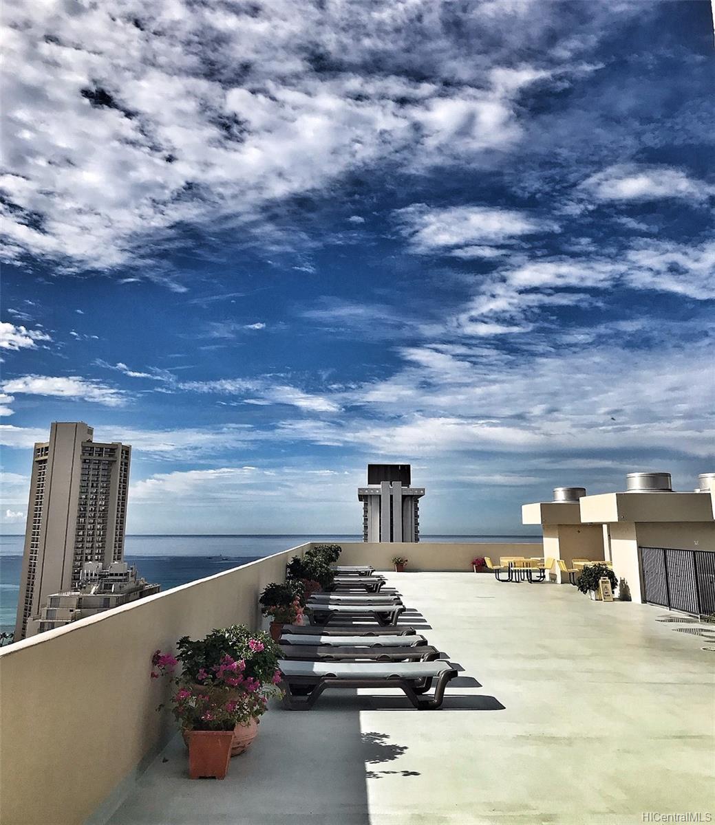 Fairway Villa condo # 2718, Honolulu, Hawaii - photo 16 of 23
