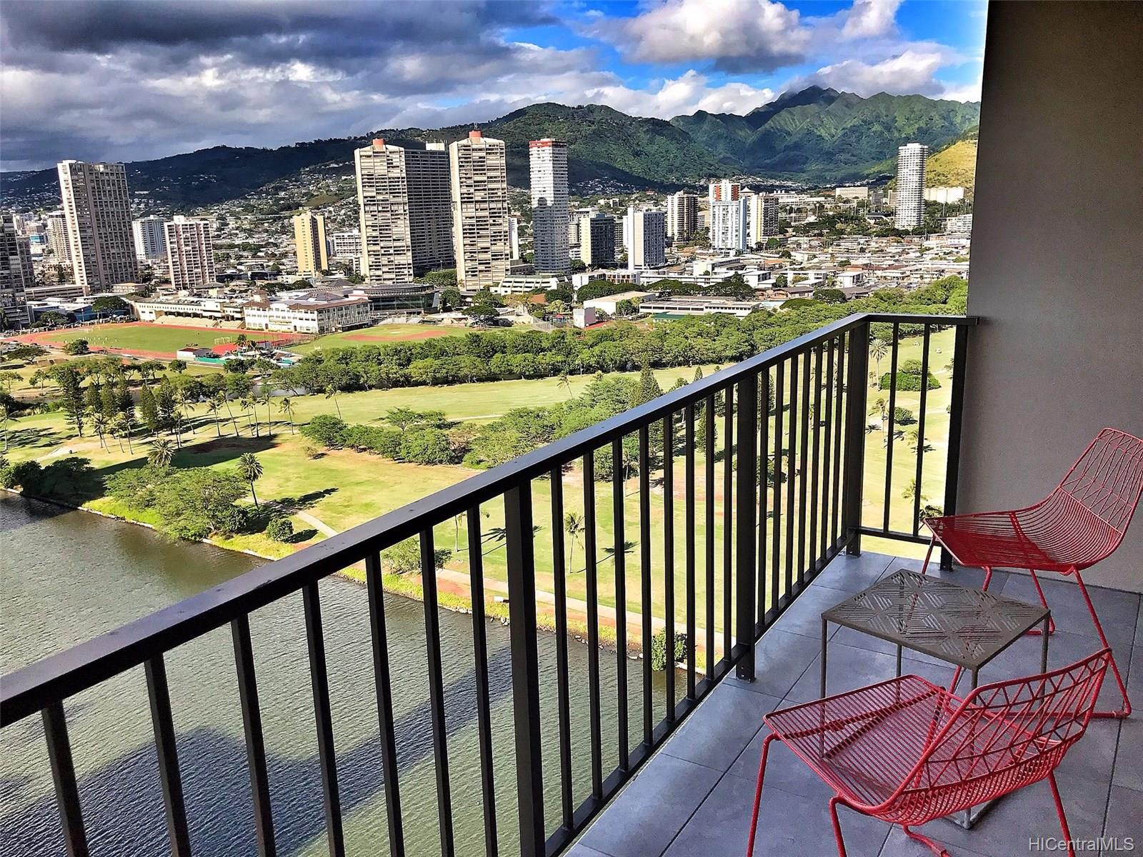 Fairway Villa condo # 2718, Honolulu, Hawaii - photo 10 of 23