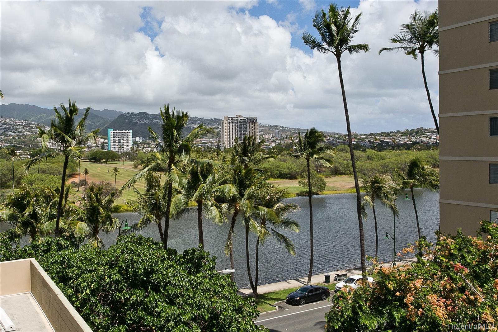 Fairway Villa condo # 715, Honolulu, Hawaii - photo 11 of 13