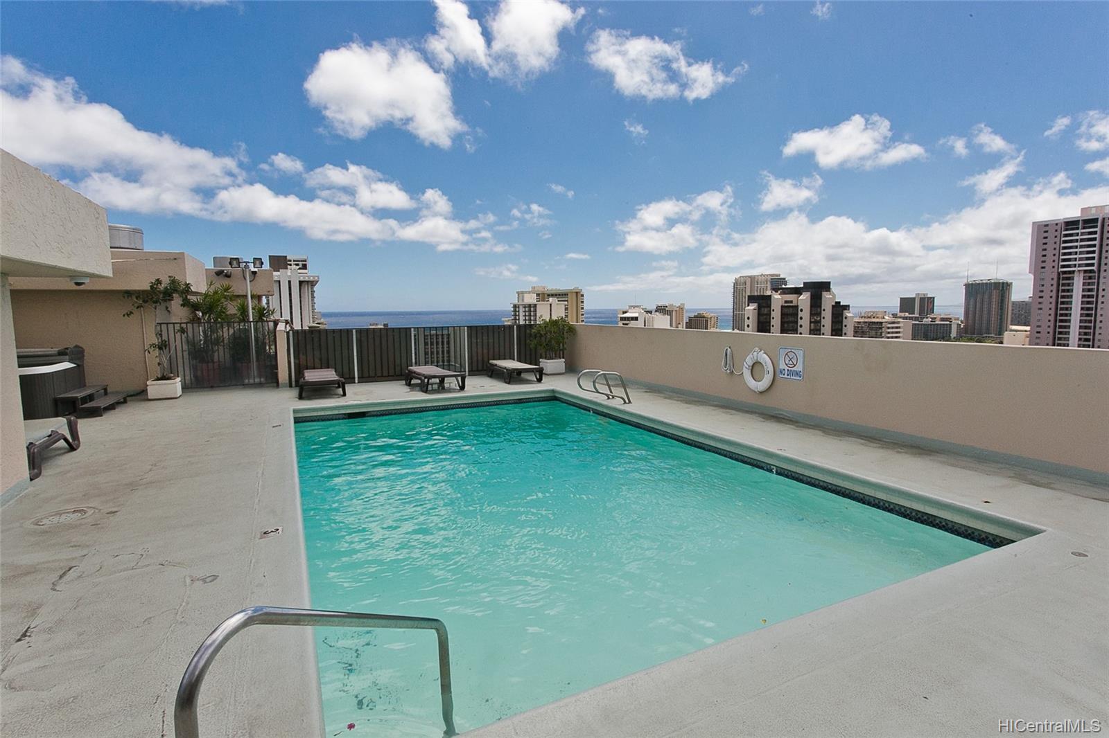 Fairway Villa condo # 715, Honolulu, Hawaii - photo 12 of 13