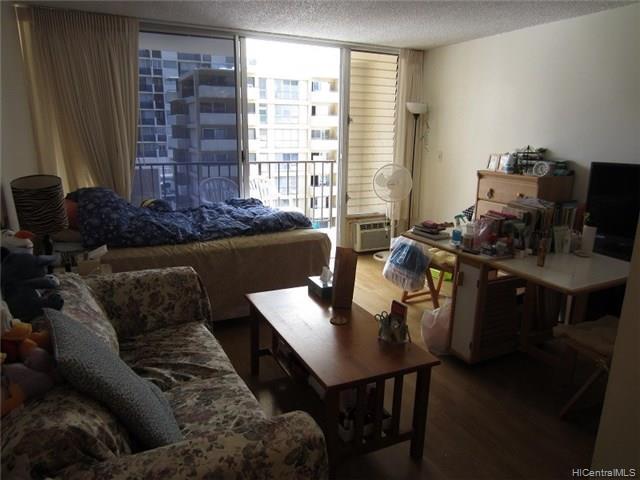Fairway Villa condo # 908, Honolulu, Hawaii - photo 12 of 17