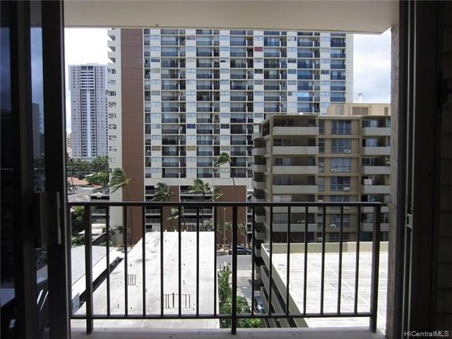 Fairway Villa condo # 908, Honolulu, Hawaii - photo 14 of 17