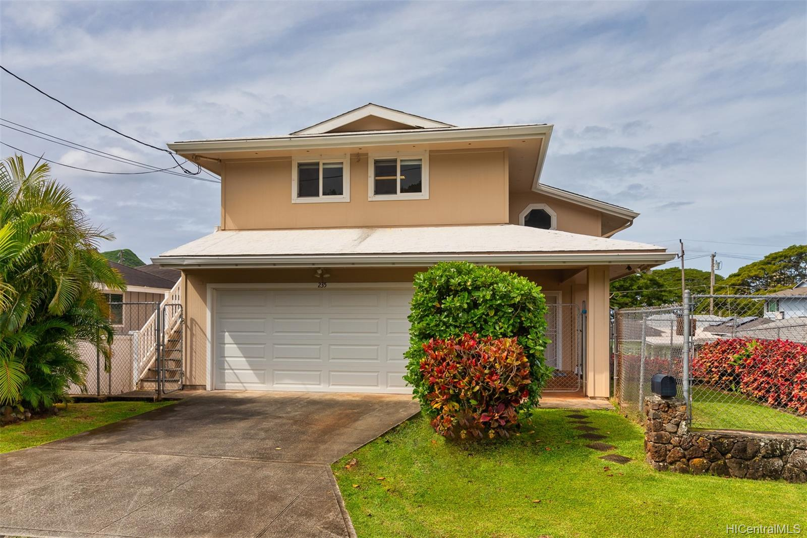 235  Koalele Street Pauoa Valley, Honolulu home - photo 1 of 24