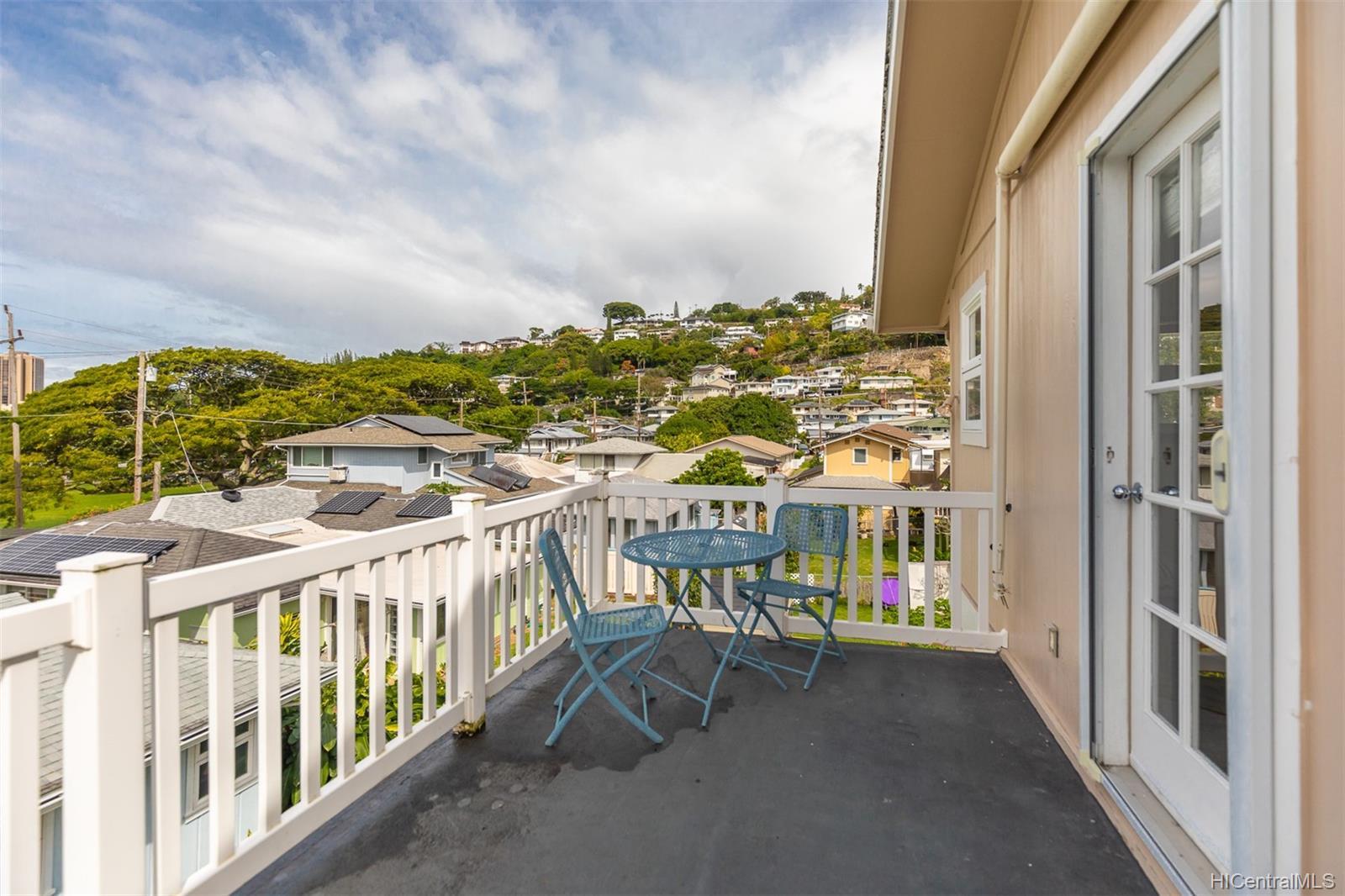 235  Koalele Street Pauoa Valley, Honolulu home - photo 17 of 24