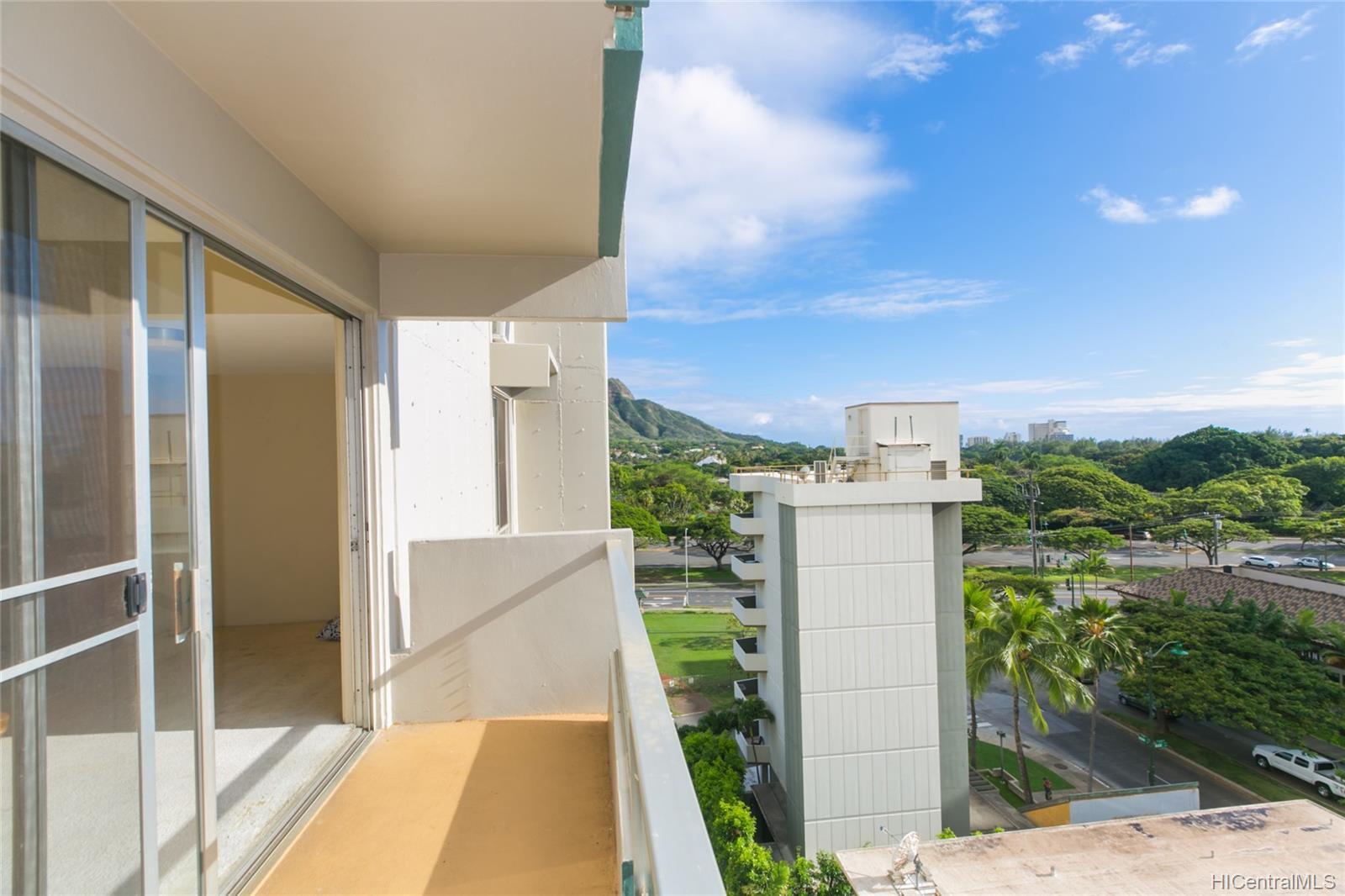 Parkview condo # 7B, Honolulu, Hawaii - photo 2 of 25