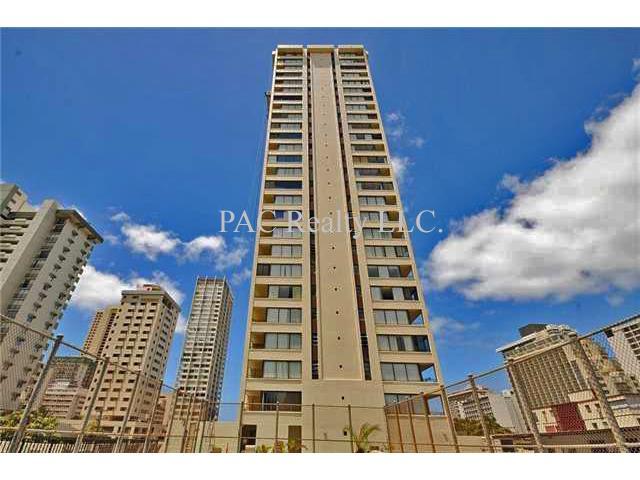Waikiki Skytower condo #901, Honolulu, Hawaii - photo 1 of 16