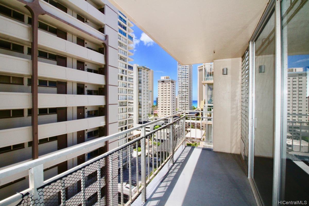 Waikiki Skyliner condo # 1406, Honolulu, Hawaii - photo 5 of 18