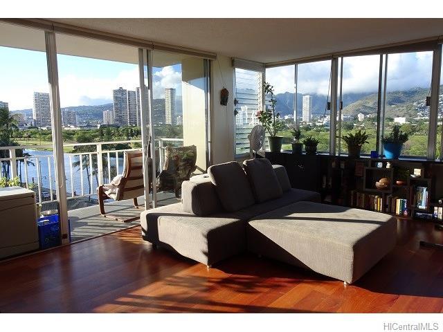 Waikiki Skyliner condo # 801, Honolulu, Hawaii - photo 1 of 1