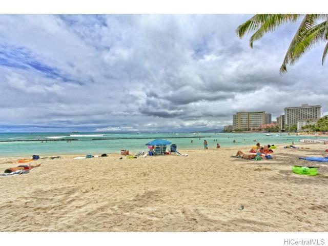 2415 Ala Wai Blvd Honolulu - Rental - photo 1 of 15