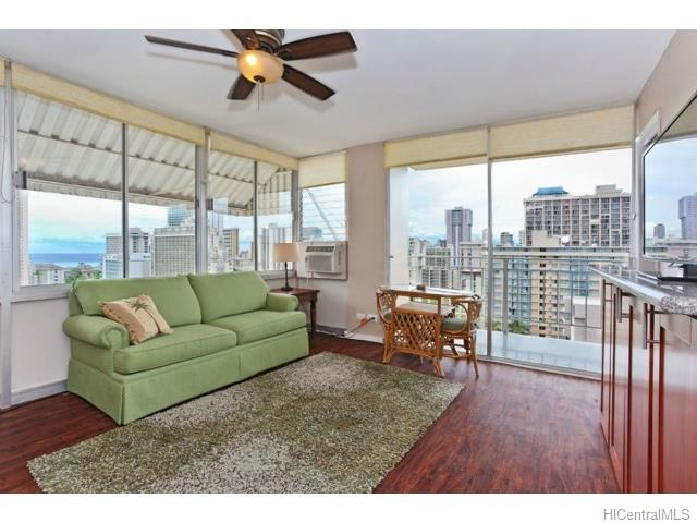 2415 Ala Wai Blvd Honolulu - Rental - photo 7 of 15