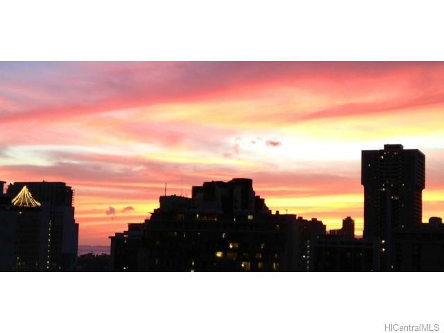 2415 Ala Wai Blvd Honolulu - Rental - photo 10 of 15