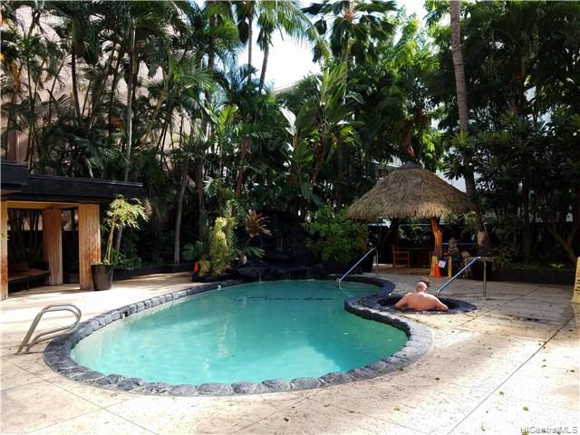 Bamboo condo #906, Honolulu, Hawaii - photo 1 of 20