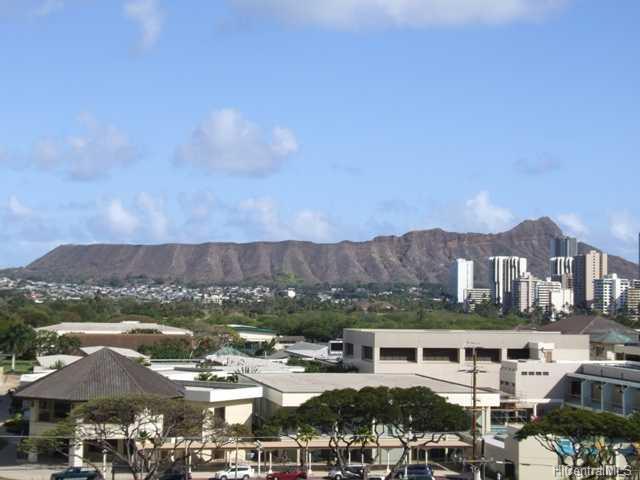 Kapiolani Gardens condo #702, Honolulu, Hawaii - photo 1 of 9
