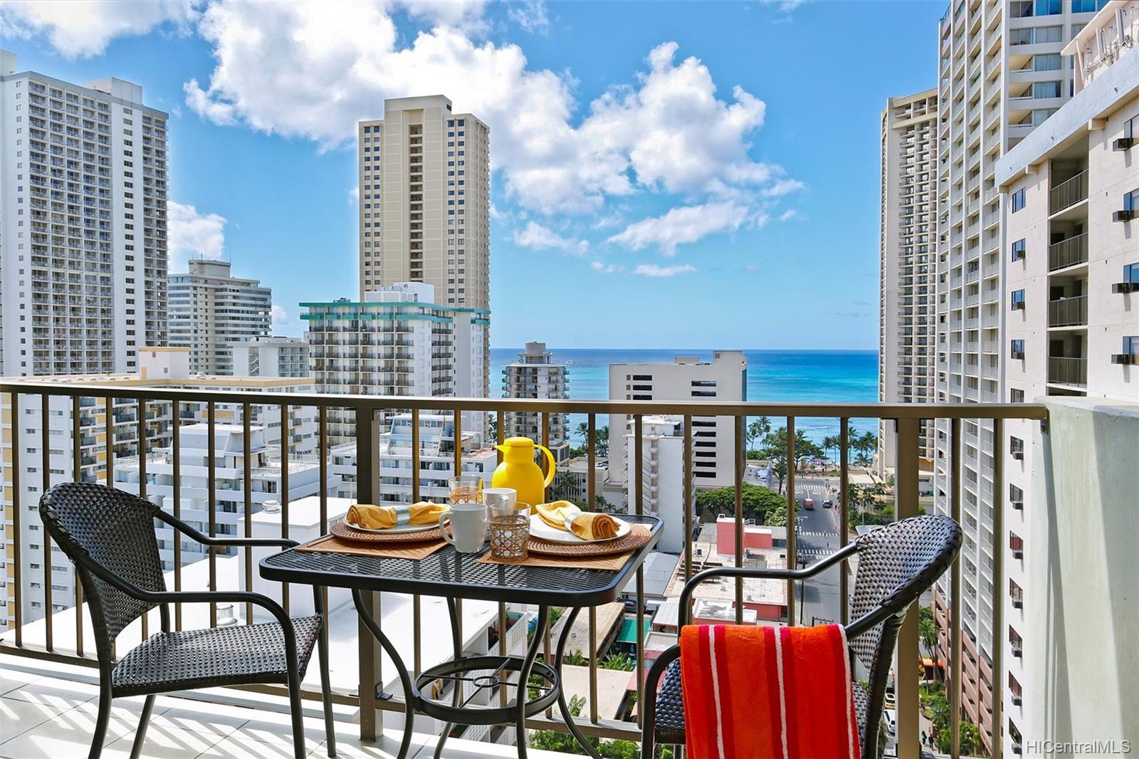 Waikiki Park Hgts condo # 1708, Honolulu, Hawaii - photo 6 of 22