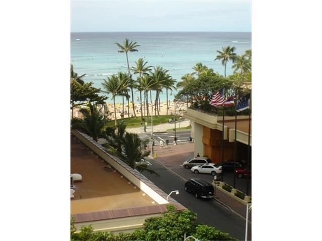 Seashore condo #95, Honolulu, Hawaii - photo 1 of 10