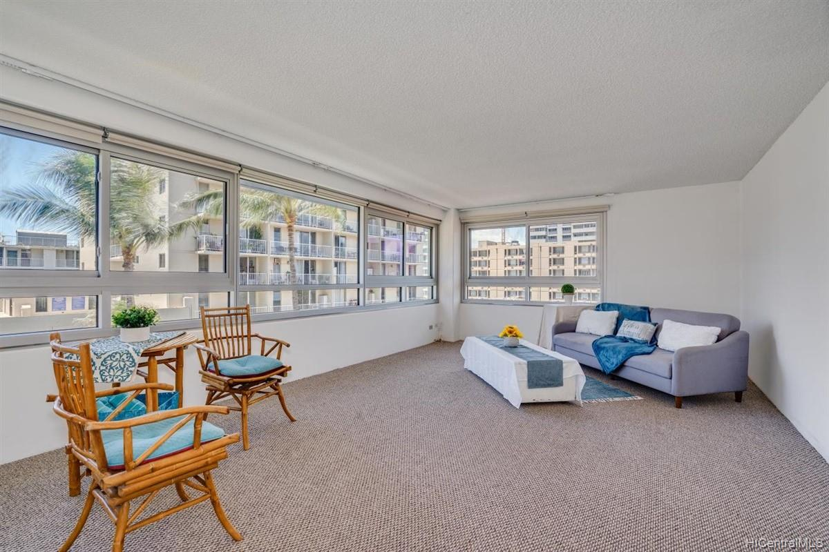 Fairway Manor condo # 503, Honolulu, Hawaii - photo 1 of 19