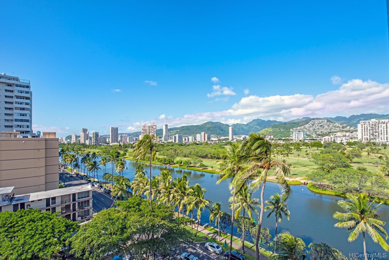 Fairway Manor condo # 803, Honolulu, Hawaii - photo 3 of 22