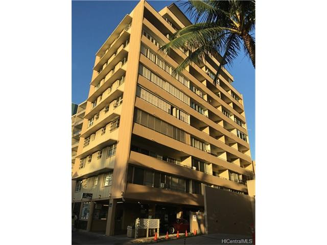 Niihau Apts Inc condo #304, Honolulu, Hawaii - photo 1 of 25