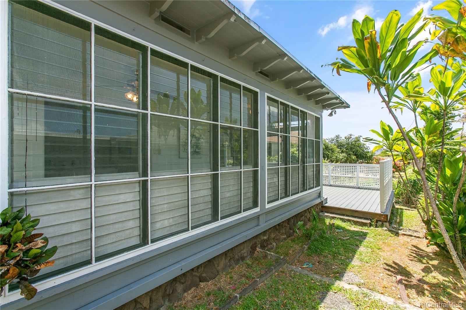 2477  Manoa Road Manoa Area, Honolulu home - photo 14 of 19
