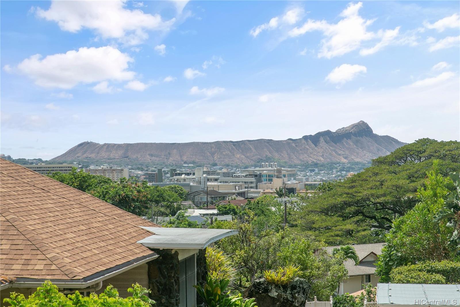 2477  Manoa Road Manoa Area, Honolulu home - photo 19 of 19