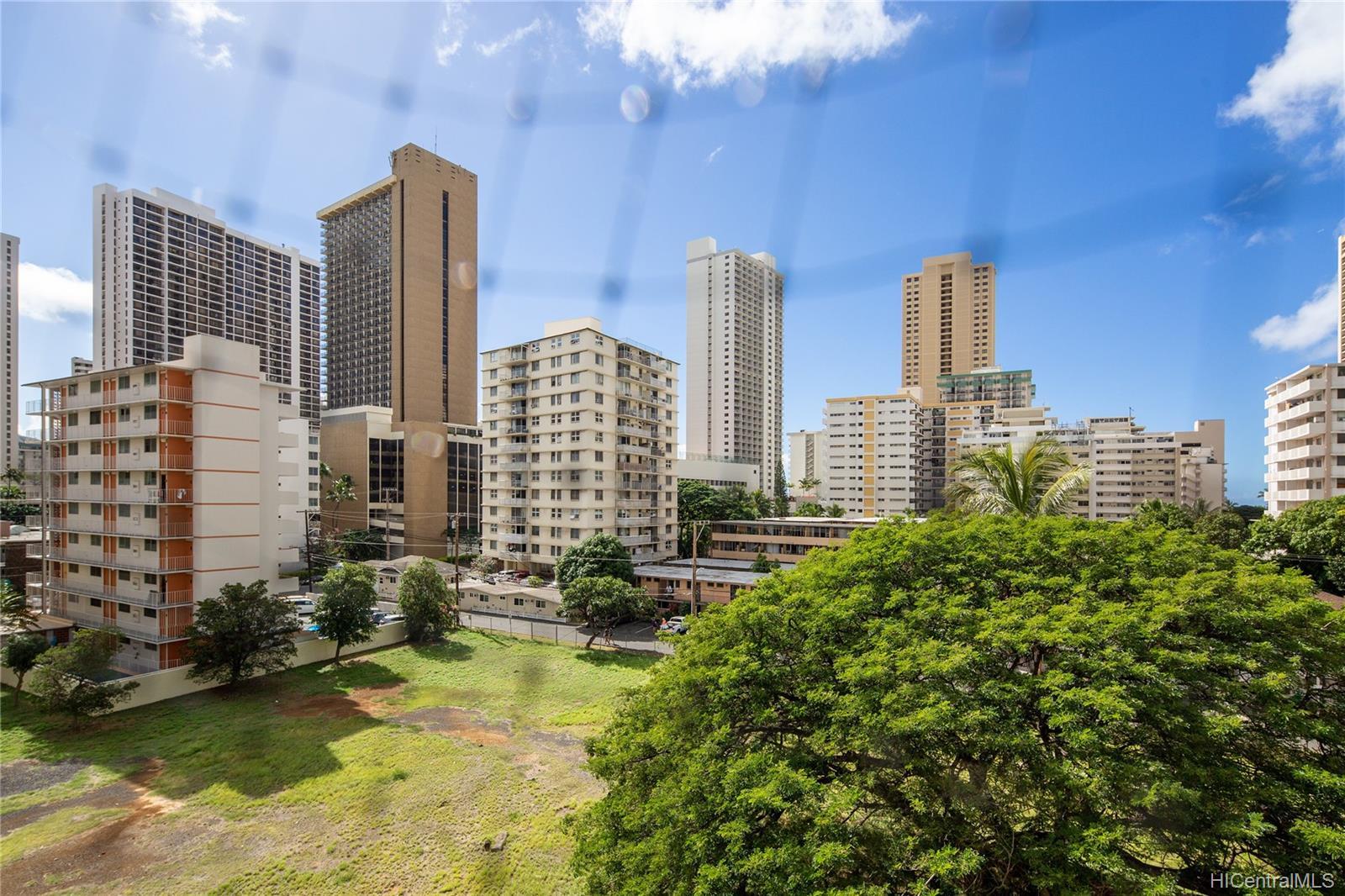 Pacific Islander condo # 504, Honolulu, Hawaii - photo 11 of 15