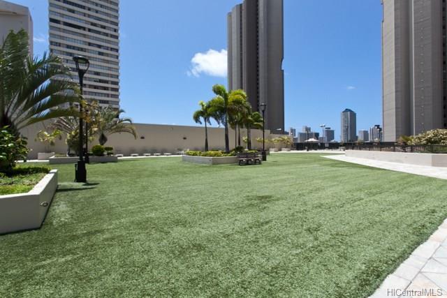 Iolani Court Plaza condo # 2302, Honolulu, Hawaii - photo 10 of 13