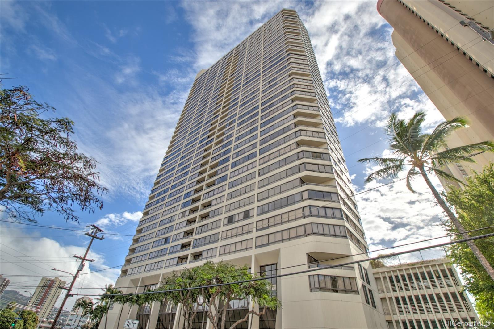 Iolani Court Plaza condo # 2602, Honolulu, Hawaii - photo 13 of 24