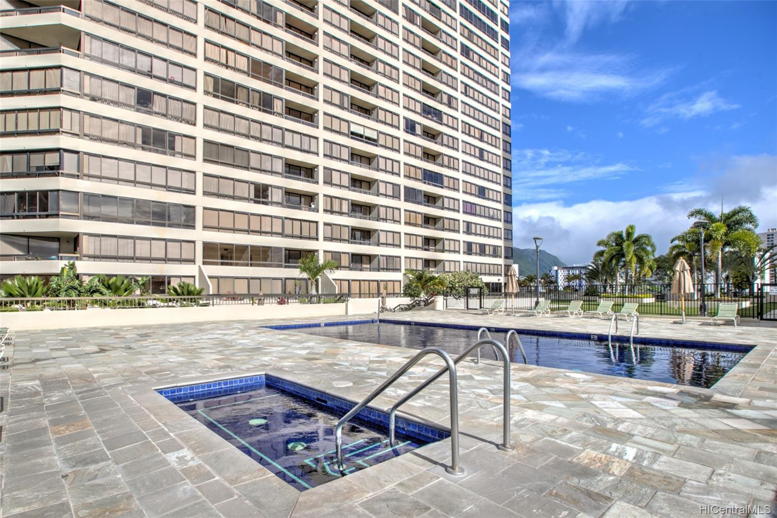 Iolani Court Plaza condo # 2602, Honolulu, Hawaii - photo 21 of 24