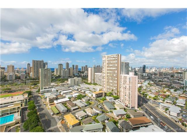 Iolani Court Plaza condo #2608, Honolulu, Hawaii - photo 1 of 25