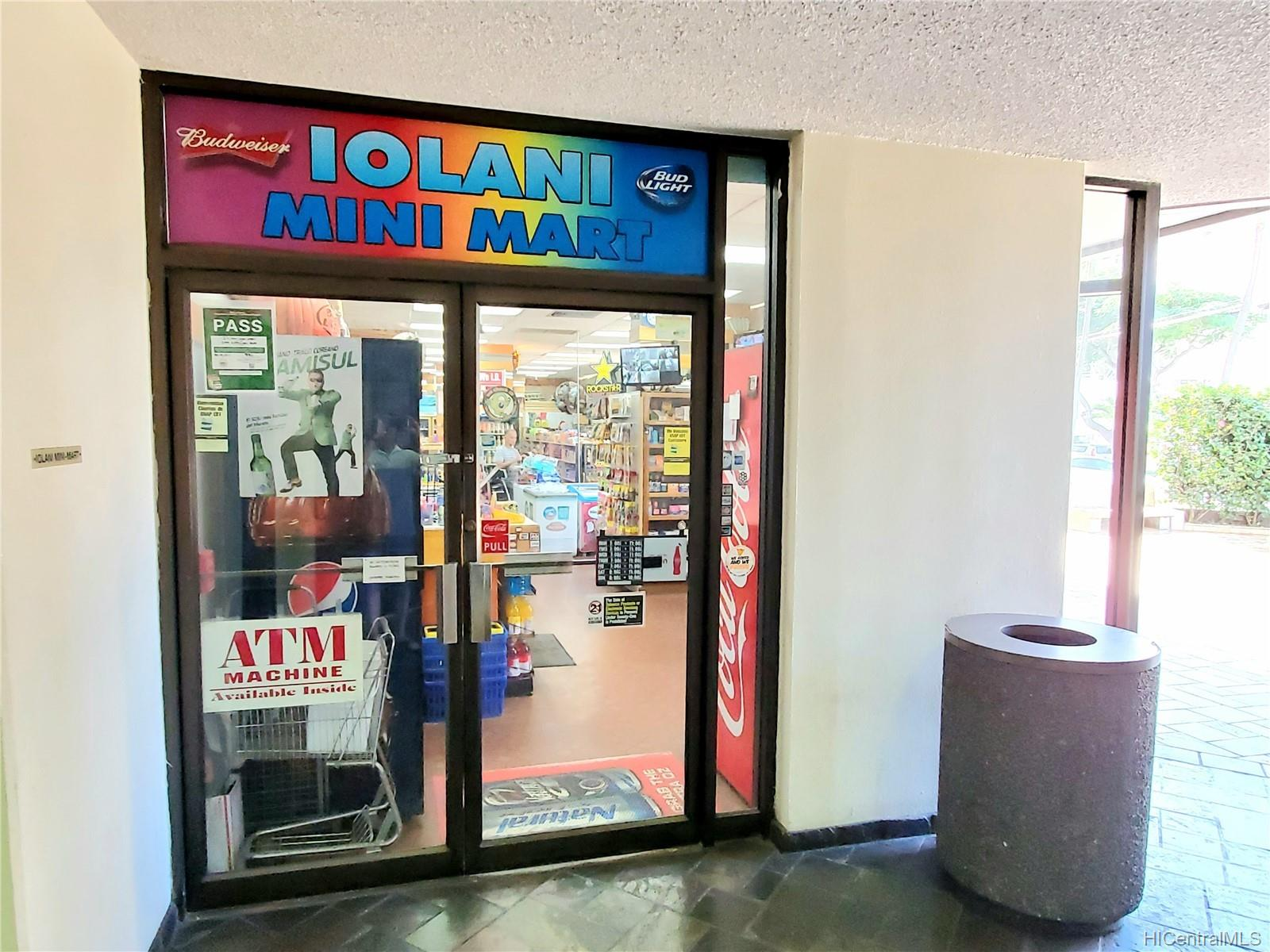 Iolani Court Plaza condo # 303, Honolulu, Hawaii - photo 13 of 15
