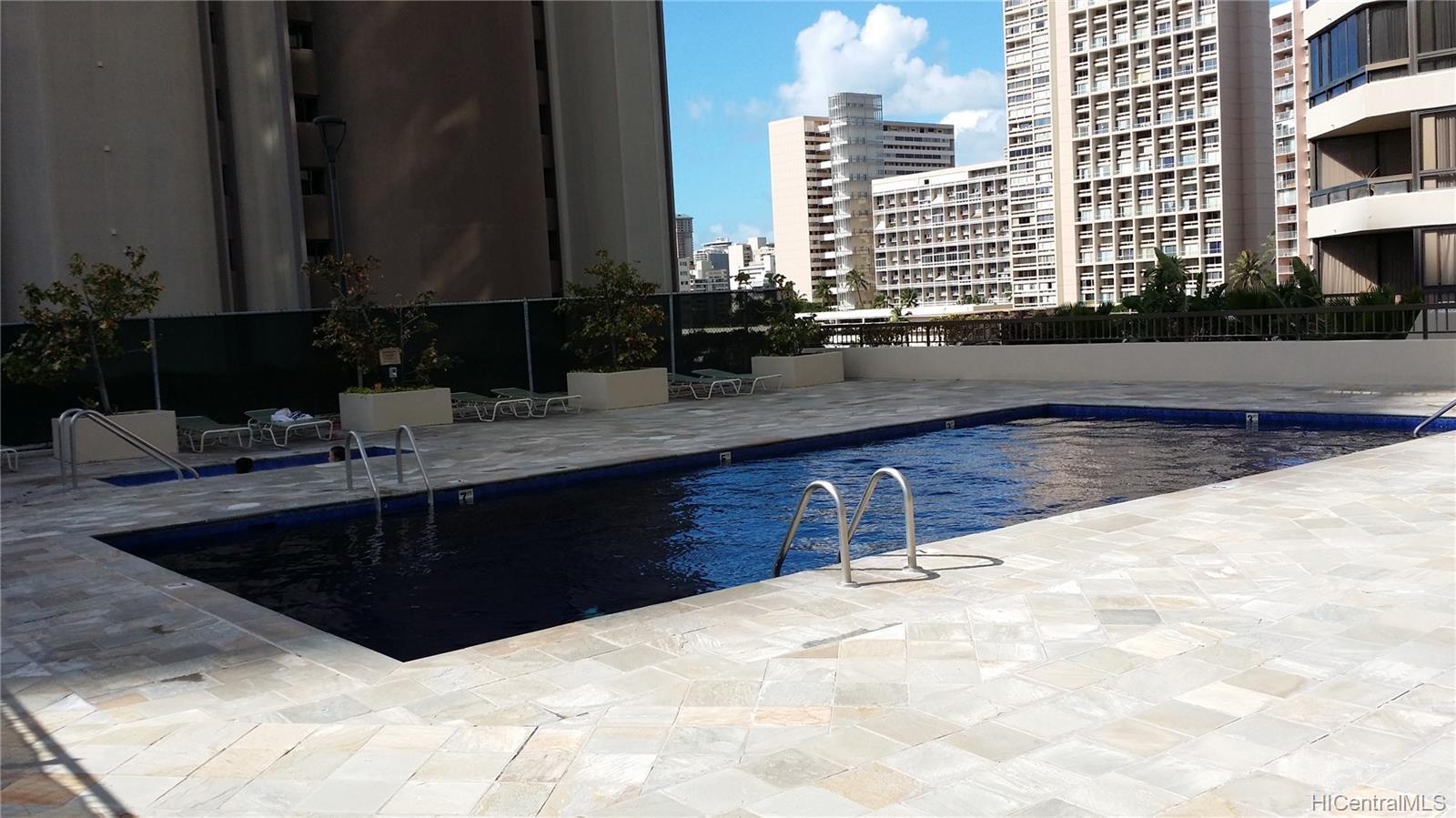 Iolani Court Plaza condo # 303, Honolulu, Hawaii - photo 9 of 15